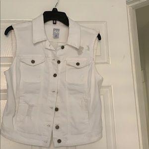 Guess white vest